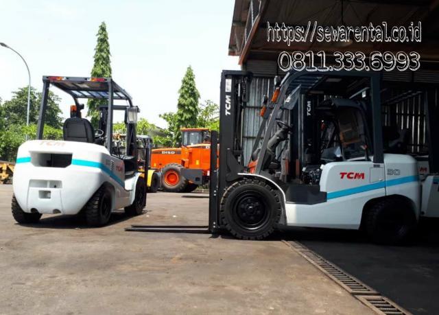 Foto: Sewa Forklift Surabaya