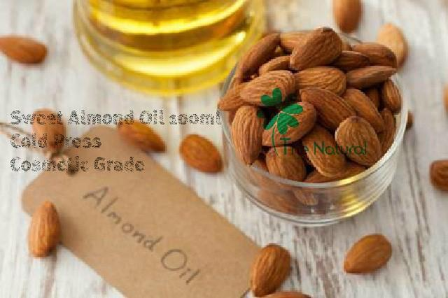 Foto: Minyak Almond Sweet Almond Oil